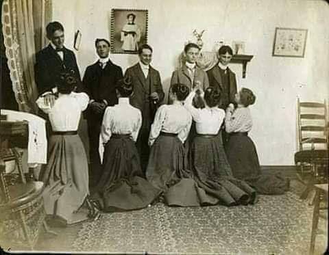 Stara Bożonarodzeniowa Tradycja żony Powinny W Wigilię