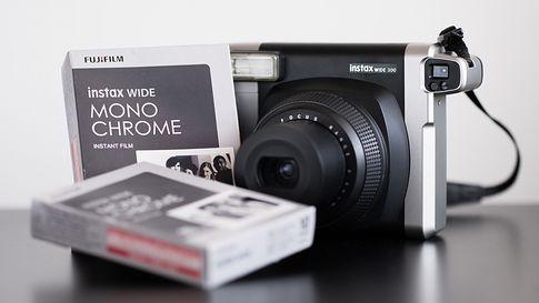 Instax Wide Monochrome | Fotoblogia pl