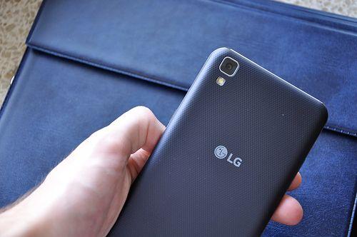 LG X power to bezkompromisowy długodystansowiec [test i recenzja]