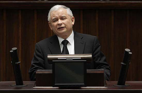 Kaczyński: w normalnym kraju rząd Tuska dawno by upadł