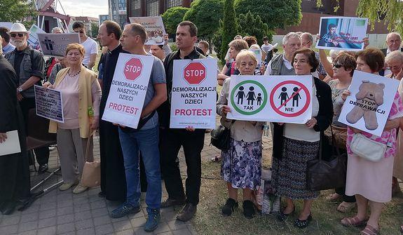 Gdańska prawica w natarciu. Absurdalny protest trójmiejskich katolików