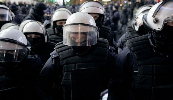 Piotr Caliński: Policja będzie gorzej oceniana niż biskupi tuszujący pedofilię