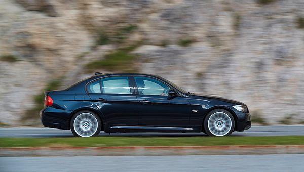 Używane BMW 320si to rarytas czy wpadka? Okazuje się, że jedno i drugie