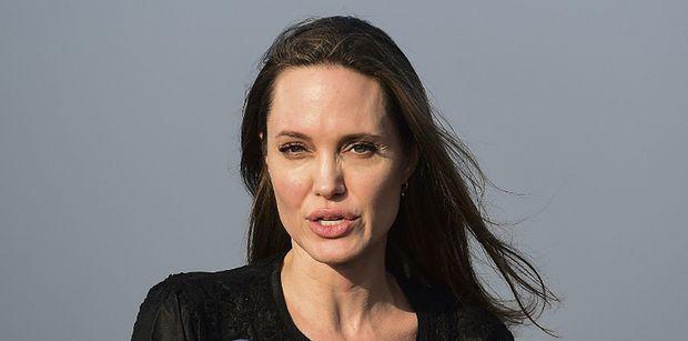 Angelina Jolie przeznaczyła MILION DOLARÓW na walkę z głodem wśród dzieci