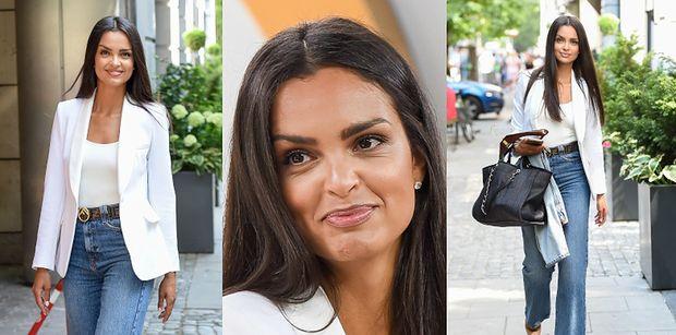 """""""Kobieta sukcesu"""" Klaudia El Dursi prezentuje wyćwiczone pozy przed studiem """"Dzień Dobry TVN"""" (ZDJĘCIA)"""