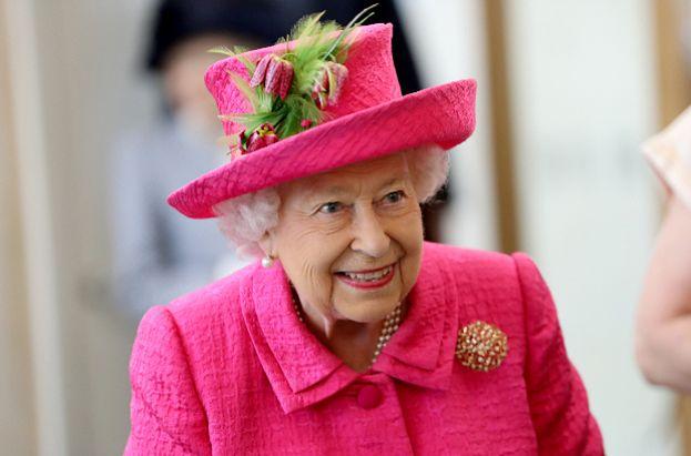 Królowa Elżbieta ma w Pałacu Buckingham... bankomat. Nowy dokument ujawni inne tajemnice rezydencji rodziny królewskiej