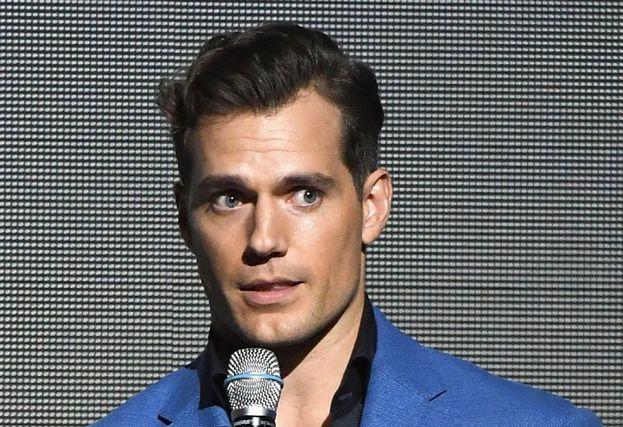 """Brytyjski aktor boi się flirtować z kobietami. """"Nie chciałbym być nazwany gwałcicielem"""""""