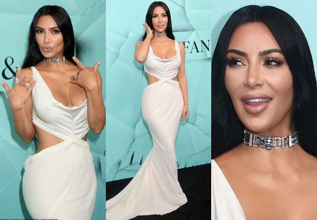 Kim Kardashian wygląda jak figura woskowa na imprezie Tiffany
