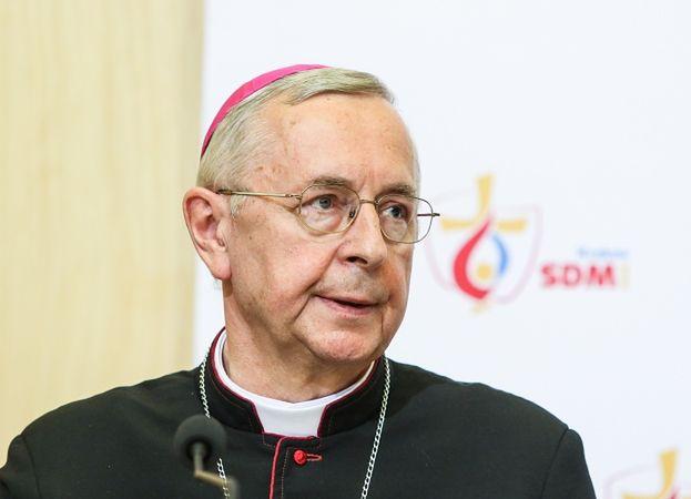 """Arcybiskup Gądecki apeluje o ukaranie księdza, który gwałcił 13-latkę! """"To więcej niż czyn niegodziwy"""""""