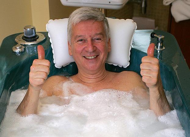 """71-letni Pan Lotto wyznaje odważnie: """"Korzystam z medycyny estetycznej!"""""""