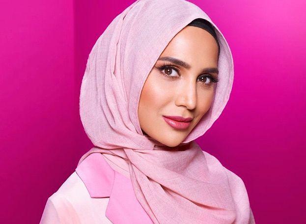 Modelka w hidżabie zrezygnowała z kampanii L'Oréal! Publikowała antysemickie tweety