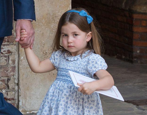 """Siostra Louisa Tomlinsona Picture: Księżniczka Charlotte Przegoniła Paparazzich: """"WY NIE"""