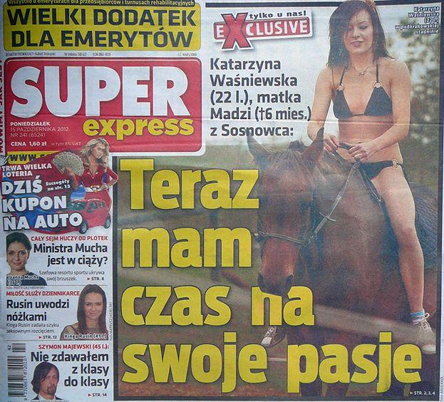 Katarzyna W. JEŹDZI KONNO W BIKINI!