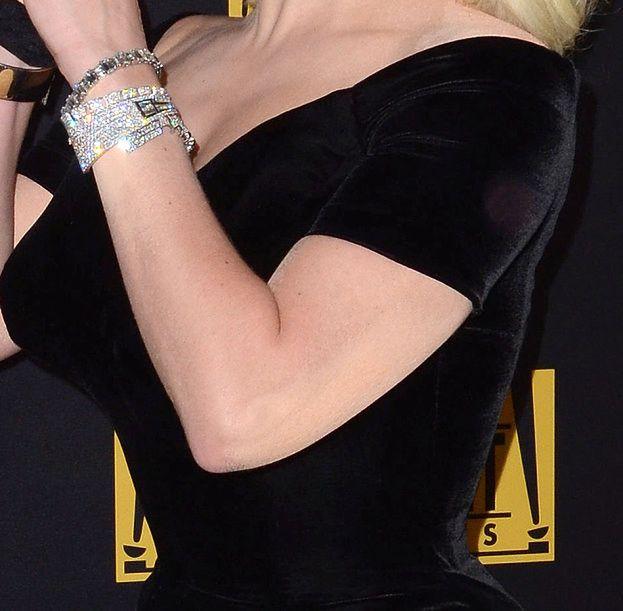 Lady Gaga Na Rozdaniu Złotych Globów Zakryła Swoje Tatuaże