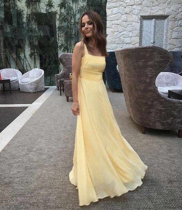 970b61655e Letnie sukienki wieczorowe - najpiękniejsze stylizacje - PUDELEK