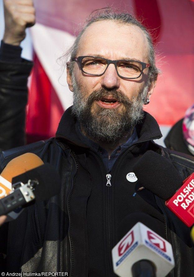 """Kijowski tłumaczy się z brania pieniędzy ze zbiórek KOD-u: """"To nie była pensja!"""""""