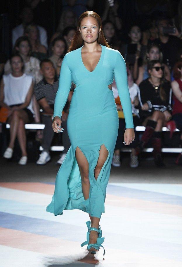 Modelki plus size na wybiegu w Nowym Jorku! (ZDJĘCIA ...