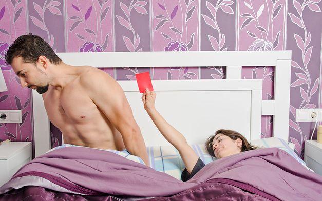 Różnica między przypadkowymi randkami a otwartym związkiem