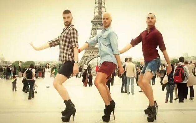 b1a61272b2e1a Faceci W SZPILKACH tańczą do hitów Spice Girls! - PUDELEK.TV