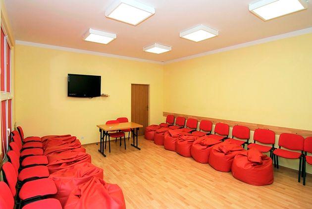 Sala warsztatowa w Szkole Rodzenia Marioli Skowery w Warszawie