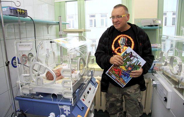 Jurek Owsiak na Oddziale Neonatologii Szpitala im. Stefana Kardynała Wyszyńskiego w Lublinie