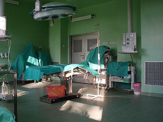 Sala operacyjna do cięć cesarskich w Szpitalu na Solcu w Warszawie
