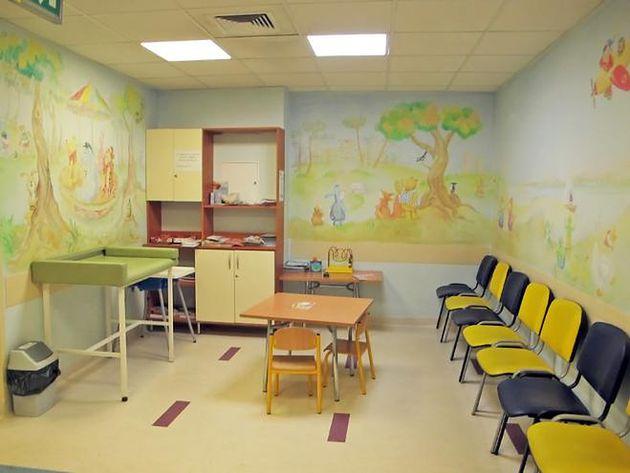 Poczekalnia w Szpitalu Bielańskim w Warszawie