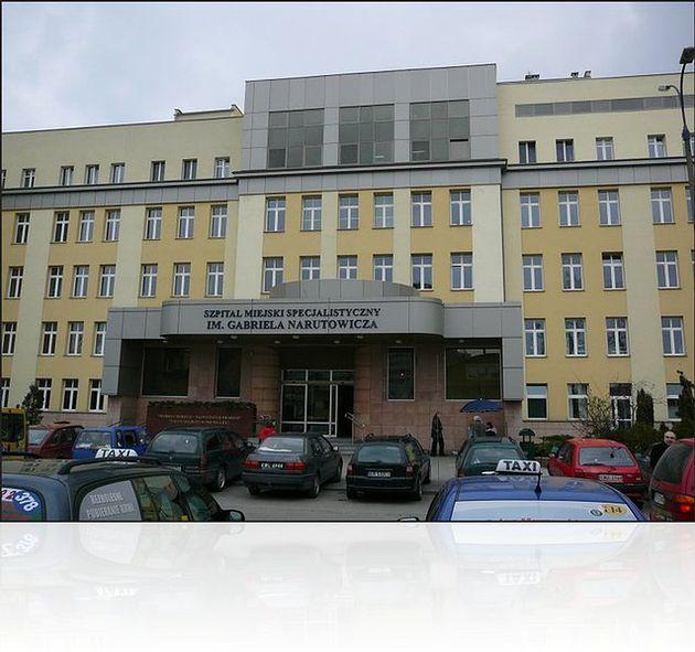 Szpital Miejski Specjalistyczny im. Gabriela Narutowicza w Krakowie - wejście główne