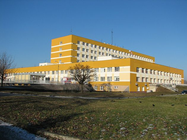 Jedno ze skrzydeł Wojewódzkiego Szpitala Specjalistycznego we Wrocławiu