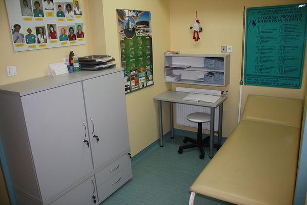 Pokój przygotowawczy bloku operacyjnego w Samodzielnym Publicznym Centralnym Szpitalu Klinicznym im. prof. Kornela Gibińskiego