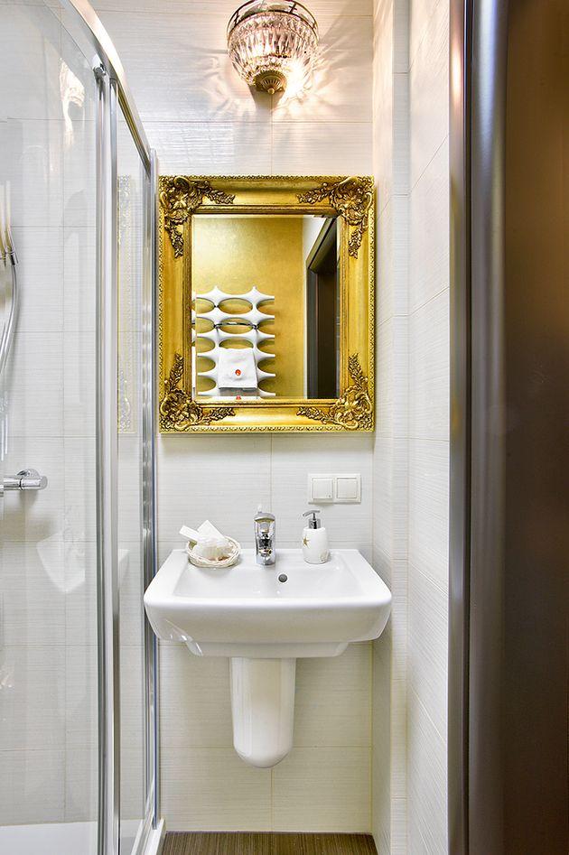 Poliklinika Arciszewscy - łazienka w pokoju VIP w Apartamencie Rodzinnym