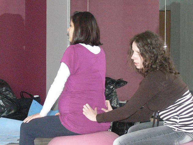 Szkoła Rodzenia przy Centrum Rozwoju Osobistego Renesans w Świdnicy masaż