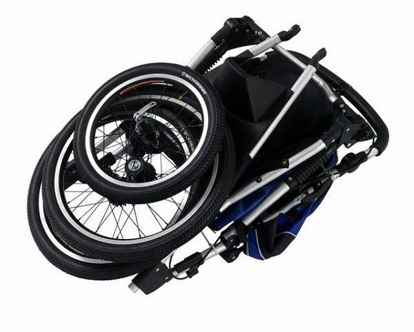Wózek Free Runner LT Niebiesko-Czarny złożony
