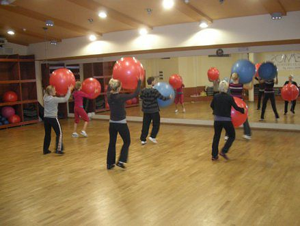 szkolenie z wykorzystaniem fit ball