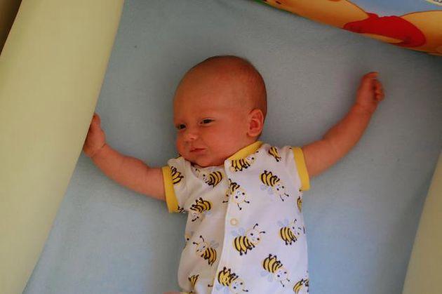 Dziecko przed przewijaniem