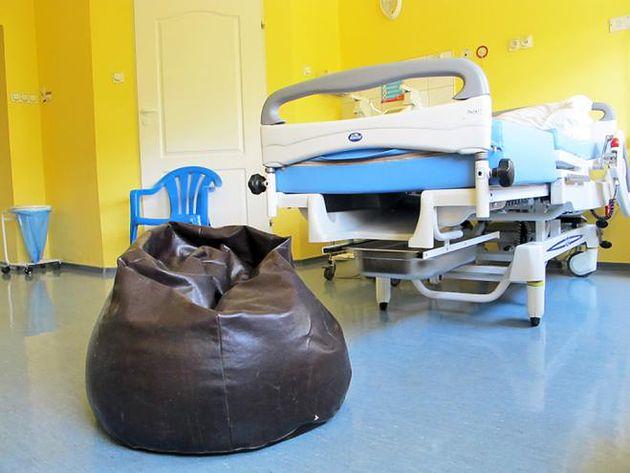 Szpital na Solcu w Warszawie - sala na Oddziale Położniczym