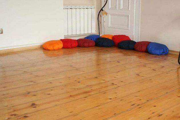 poduszki, sala szkoleniowa