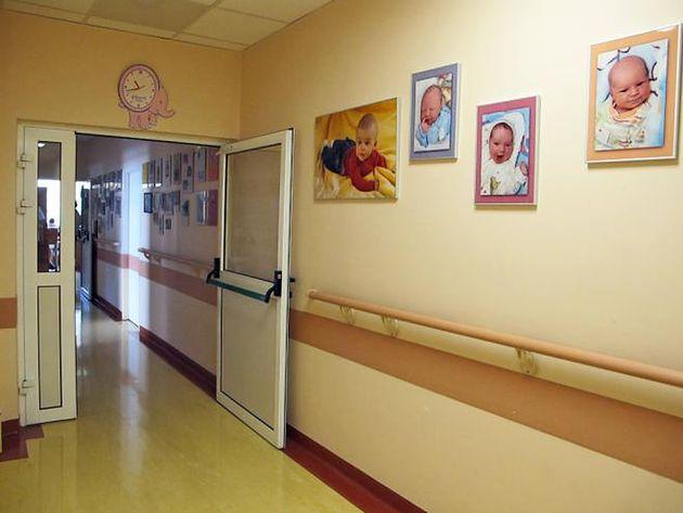 Wejście na Oddział Noworodkowy w Szpitalu na Solcu