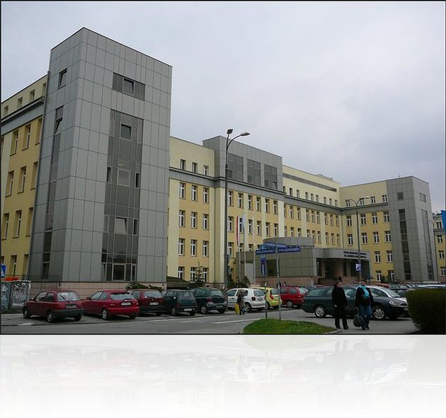 Szpital Miejski Specjalistyczny im. Gabriela Narutowicza w Krakowie - widok z perspektywy