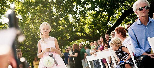 12 Latka Wychodzi Za Mąż Dla Niektórych Dziewczynek To