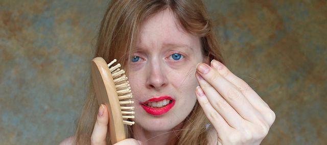 co naturalnego na wypadanie włosów
