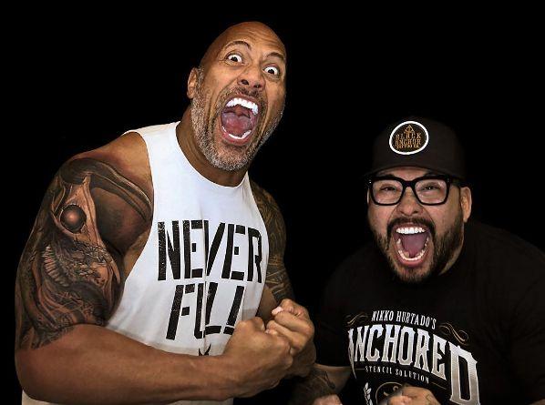 Dziejesiewkulturze Dwayne The Rock Johnson Wreszcie Zakrył Stary Tatuaż Nowy Wzór Ma Głębokie Znaczenie Wideo