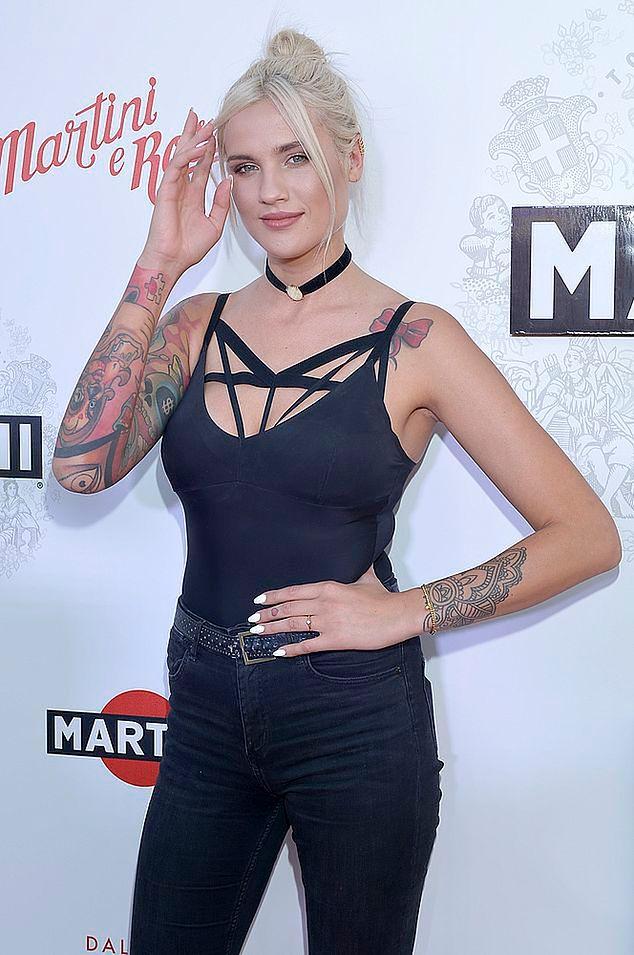 Top Model Karolina Gilon O Tatuażach