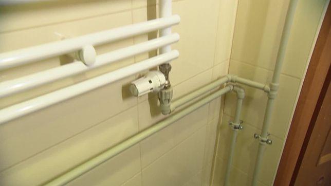 Jak Ukryć Rury W łazience