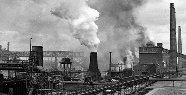 Huta im. Lenina, lata 60. XX wieku. Czarny sen ekologa