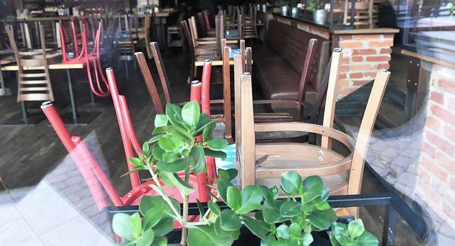 W restauracjach i barach zamówienia można składać tylko na wynos lub z dowozem