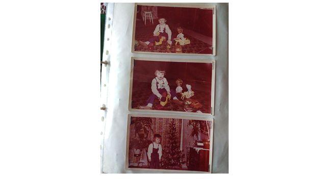 W segregatorach Lech Wójtowicz przechowuje wszystkie zdjęcia Roberta