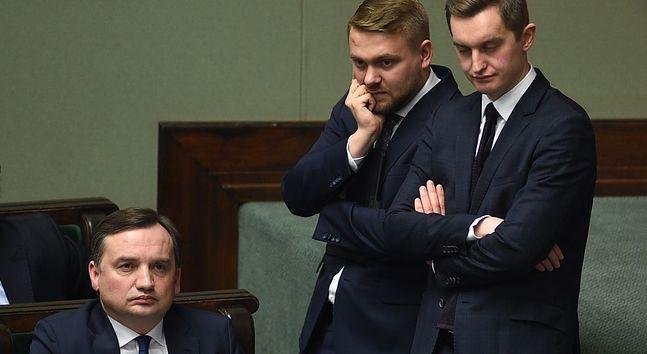 Zbigniew Ziobro, Jacek Ozdoba i Sebastian Kaleta podczas pierwszego czytania ustawy sądowniczej