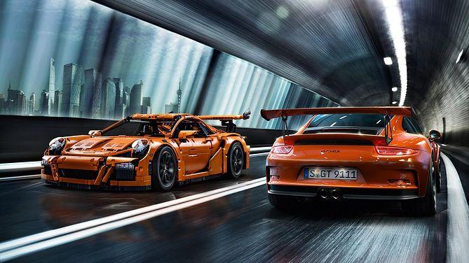 Przyjdź I Zobacz Naturalnej Wielkości Porsche 911 Gt3 Rs Z Klocków