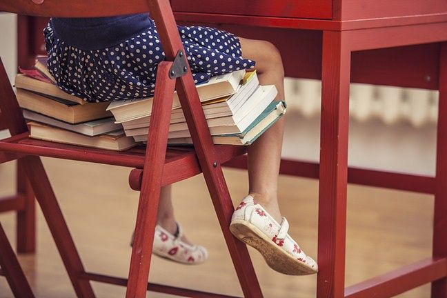 d78839198b137 Buty do szkoły powinny być estetyczne i wygodne, a w przypadku butów na WF  także wytrzymałe